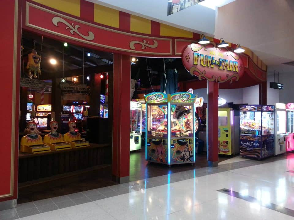 %Amusement Arcade Games Fun Fair Hyperdome